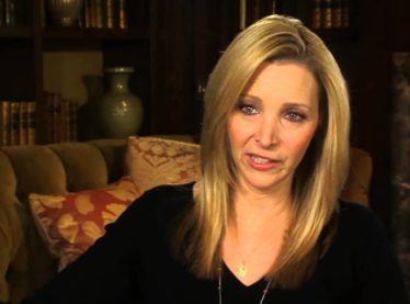 Lisa Kudrow Describes Her Process of Finding Phoebe in 'Friends'