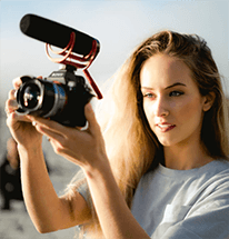 Woman_With_Camera